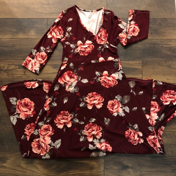 5c80940b783 MATERNITY Mother Bee - Maternity Dress. M 5b9d3db59519964e0f2cb886